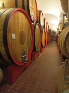 Зберігання вина на італійській виноробні