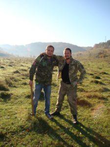На розкопках (Ярослав зліва)