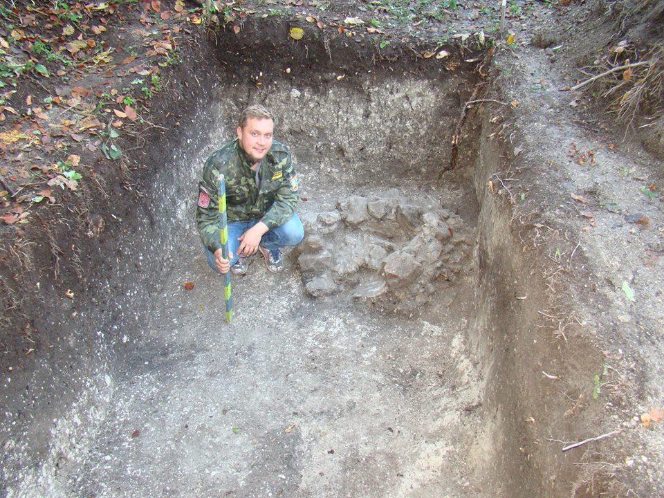 Ярослав на археологічних розкопках